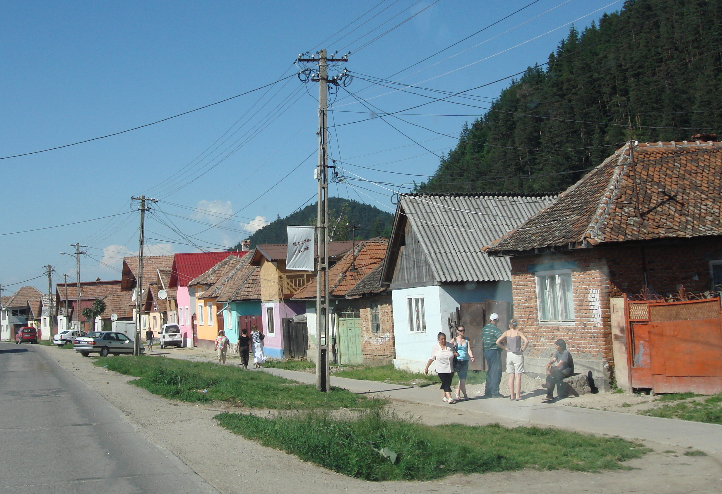 Romania carolyn 39 s travel stories - What houses romanians prefer ...