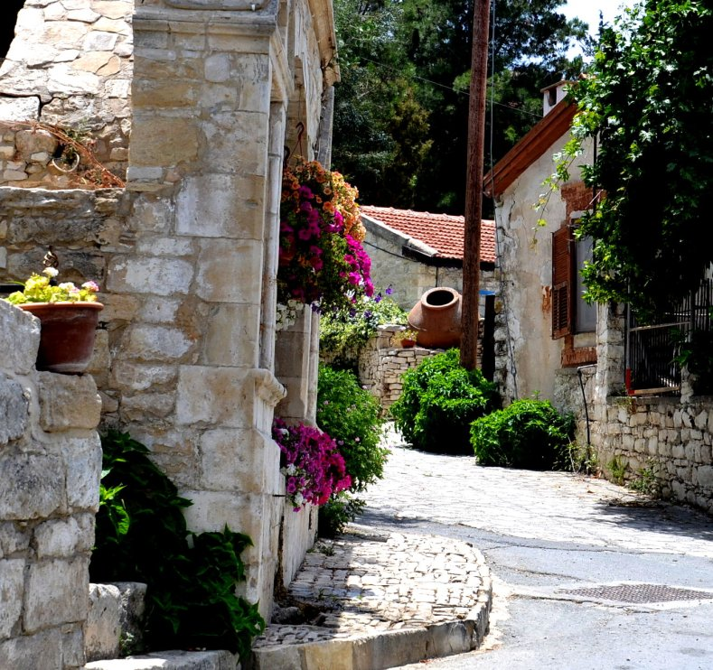 The village of Lania