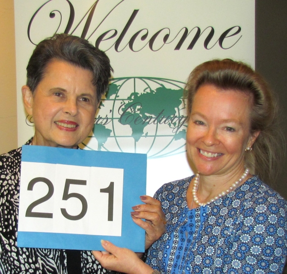carolyn-barkley-celebrates-251-countries-with-kim-kay-randt